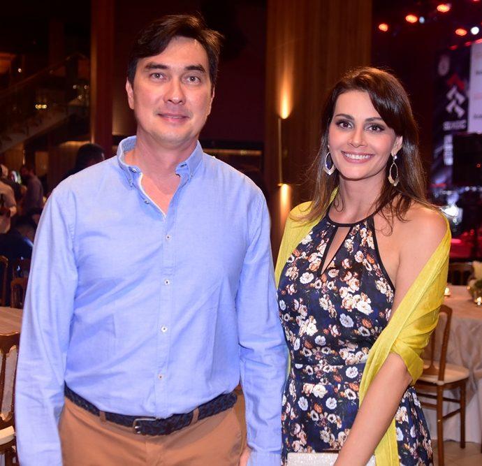 Roberto Ferreira E Denise Gomes