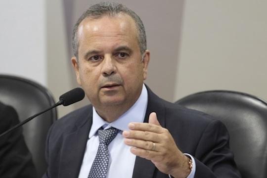 Adiada palestra com Rogério Marinho na FIEC