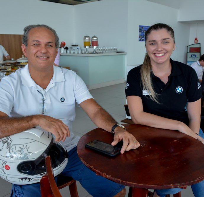 Roney Vasconcelos E Sarah Mendes