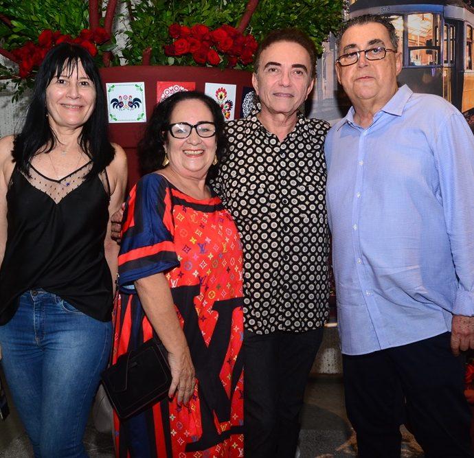 Rosalinda Pinheiro, Nereide Figueiredo, Marcos Monteiro E Adroaldo Carneiro