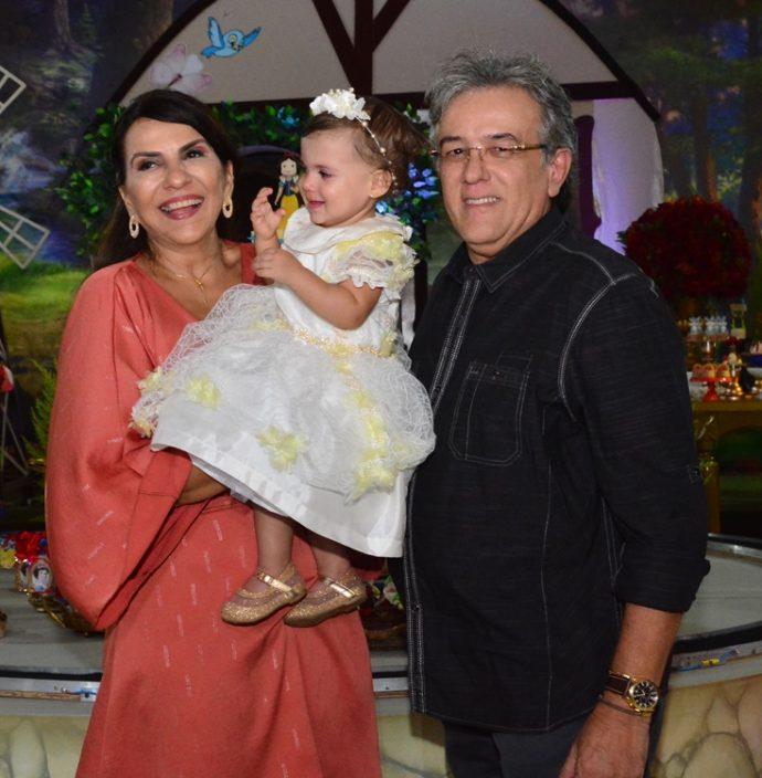 Suyanne, Maria Fernanda E Adriano Romero
