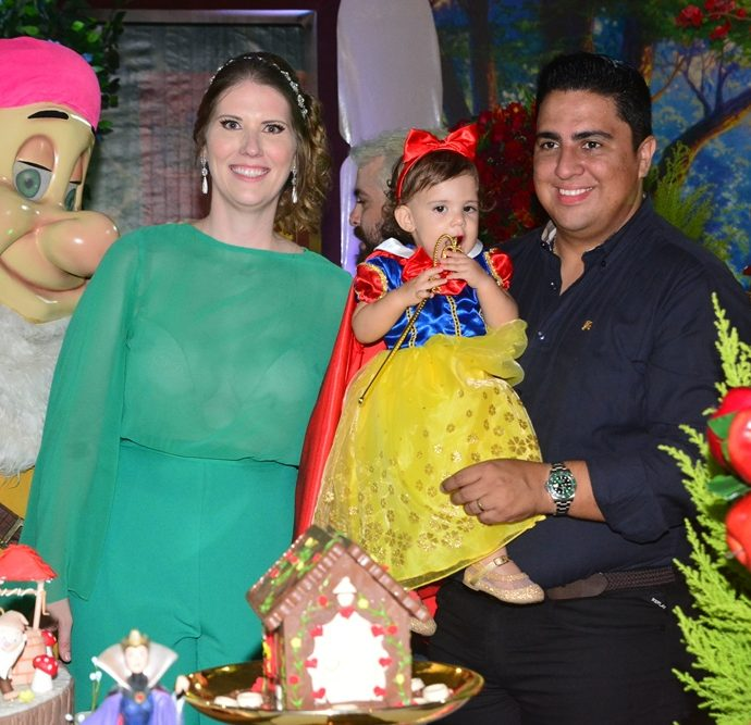 Suyanne Romero, Maria Fernanda E Adriano Romero