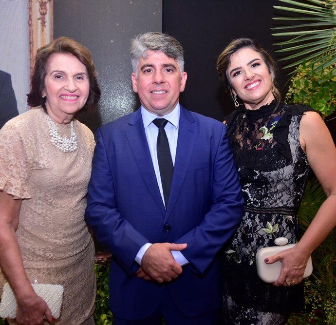 Tilinha Siqueira, Wellington E Renata Holanda