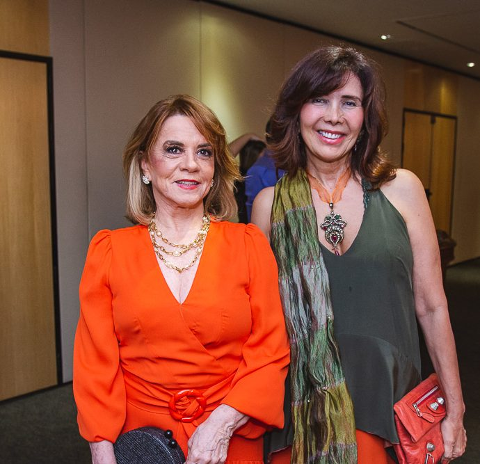 Vanda Machado E Monique Gentil