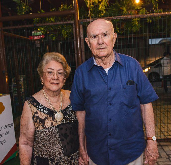 Vera Silvia E Silvio De Castro