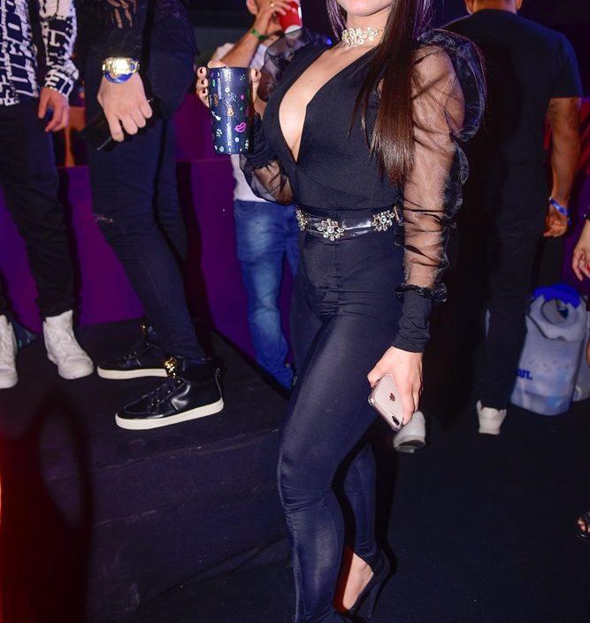 Vitoria Larissa