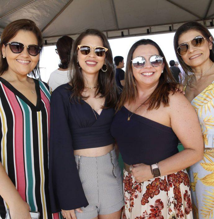 Viviane Pinheiro, Carol Belem, Erika Lima E Neide Mota 1