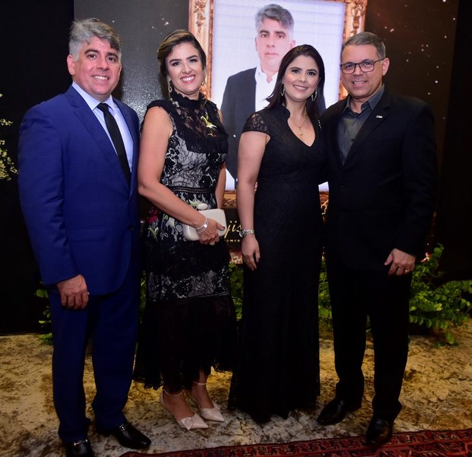 Wellington E Renata Holanda, Hellem E Cristian Pinheiro