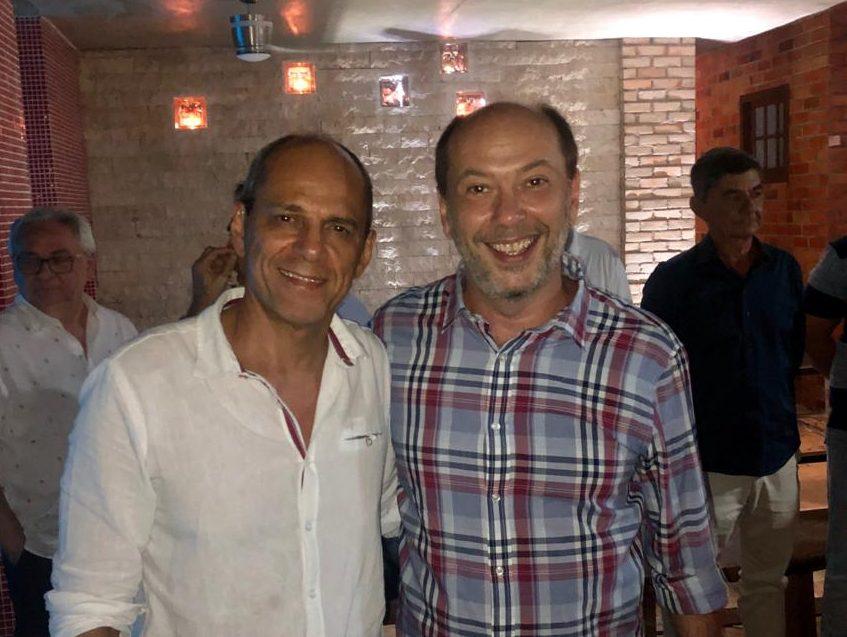 Mano Alencar foi uma das personalidades a marcar presença no aniversário de Ivo Gomes
