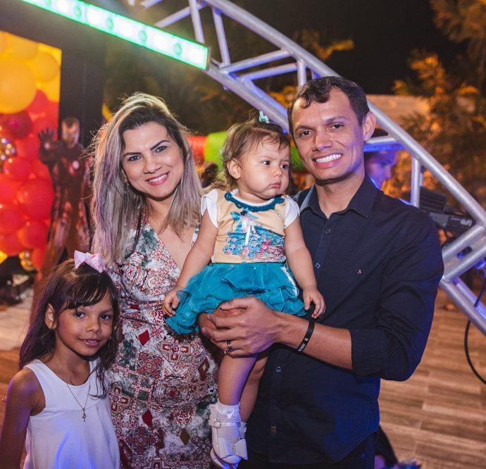 Yasmin, Luciana, Sofi E Mayco Viana