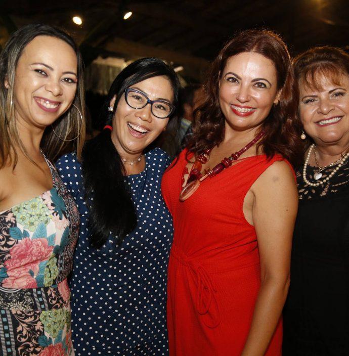 Adriana Oliveira, June Paik, Ana Paula E Elaine Barros