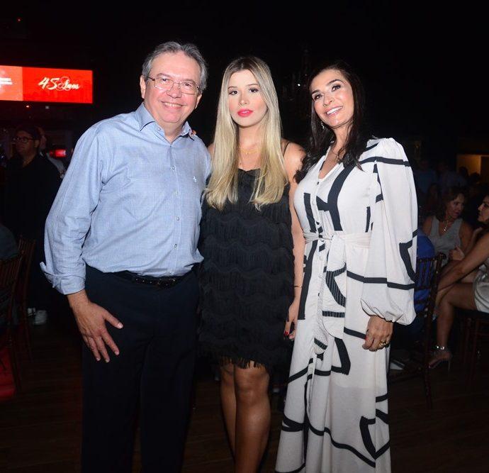 Aloísio, Alexia E Ana Arlett Carvalho