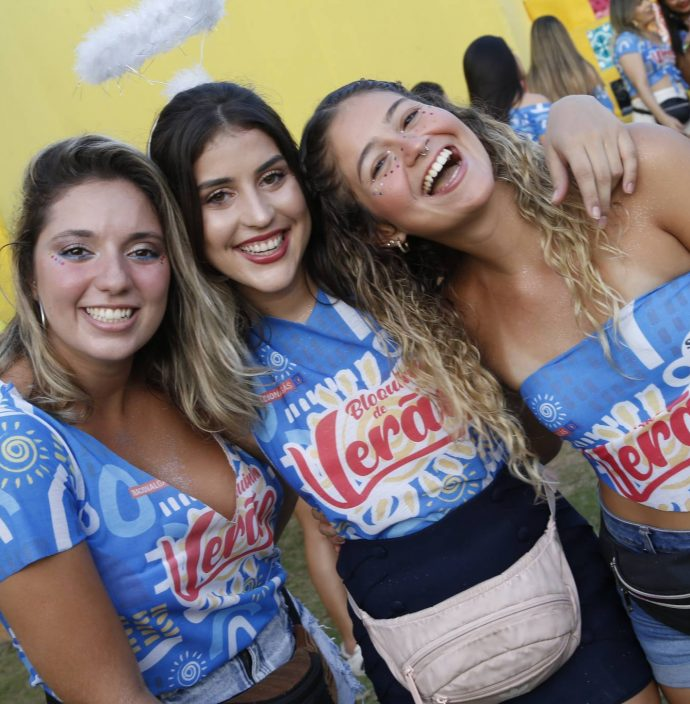 Amanda Vieira, Alana Costa E Ana Delara Soares