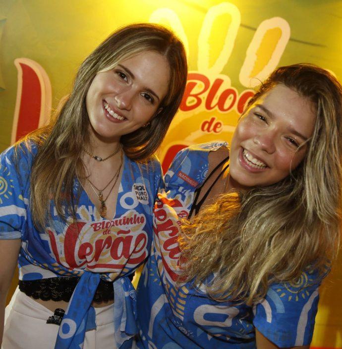 Ana Clara Mendonca E Leticia Parente