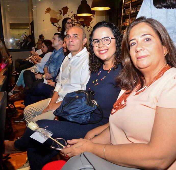 Ana Xavier, Amélia Gomes E Luiz Henrique