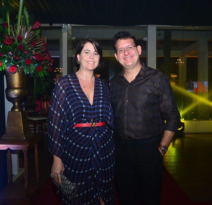 Angela E Marlon Cambraia