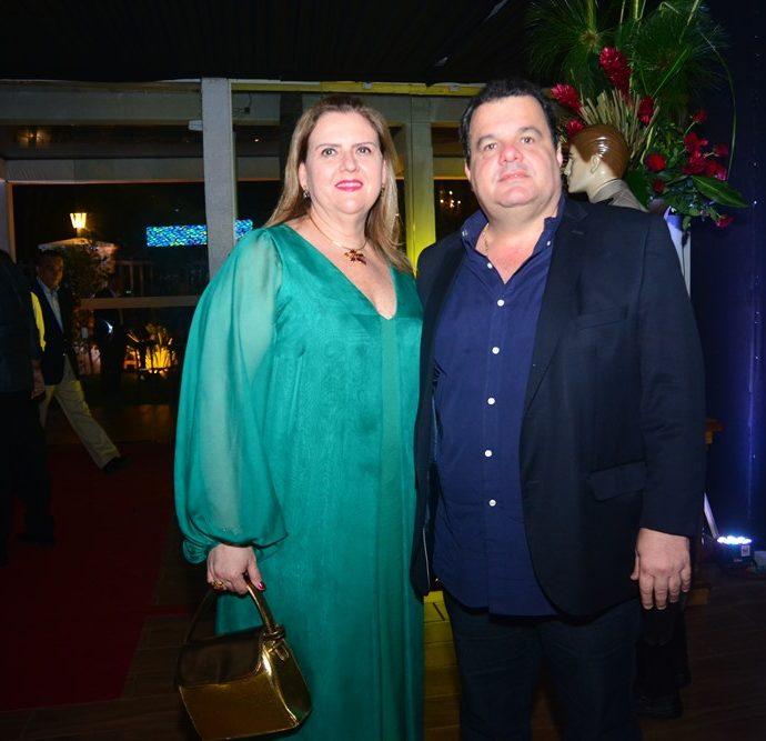 Ania E Renner Freire Jr