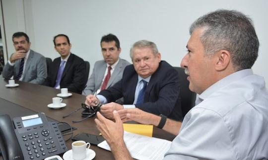 CMFor e TRE-CE discutem ações em prol do cadastro biométrico