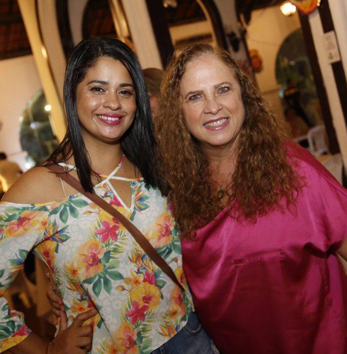 Bel Coutinho E Ana Carolina Souto