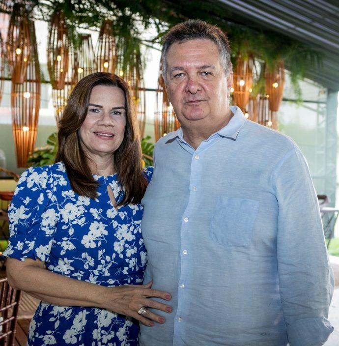 Beth E João De Sá Cavalcante