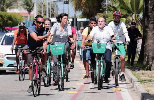 Roberto Cláudio amplia sistema de bicicletas compartilhadas