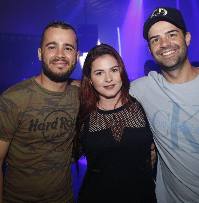 Bruno Meira, Katrine Almeida E Tales Rodrigues