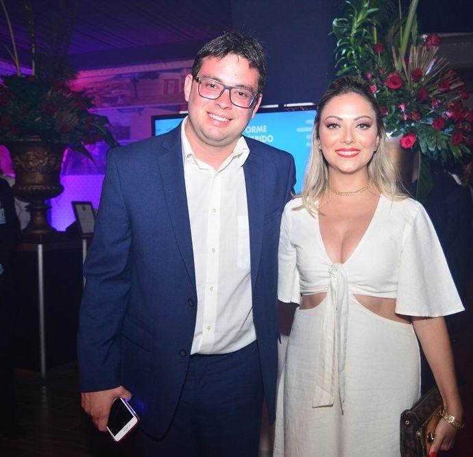 Bruno Rosa De Lucena E Maria Carolina