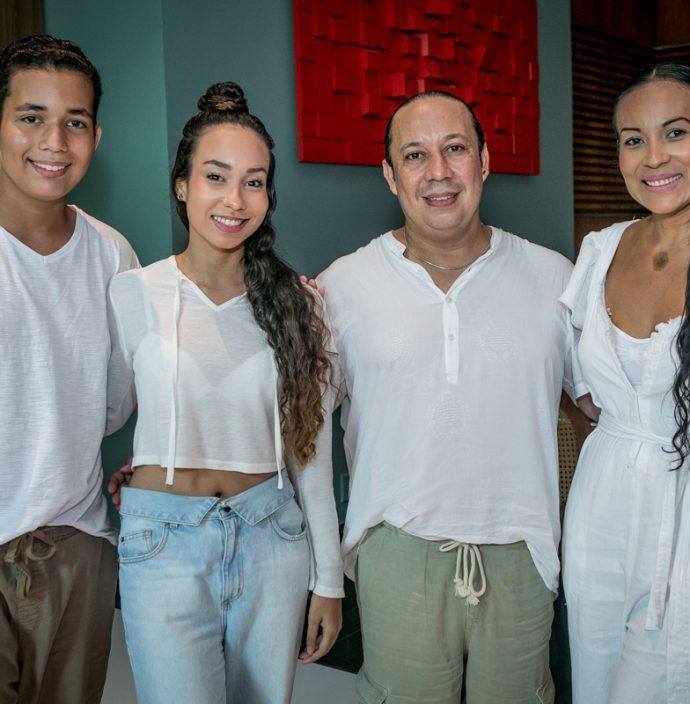 Caike, Carolina, Edson Junior E Rochele De Paula