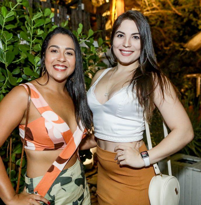 Camila Souza E Suiane Rios