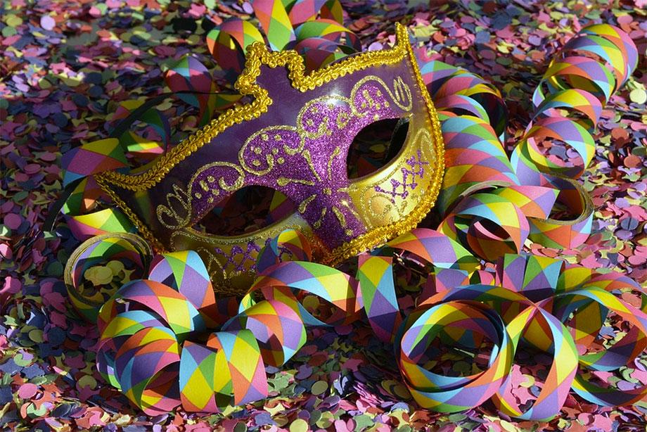 Gasto mínimo de brasileiros no Carnaval será de R$500, aponta pesquisa