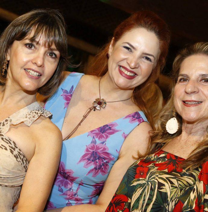 Circe Jane, Enid Camara Anya Ribeiro 1