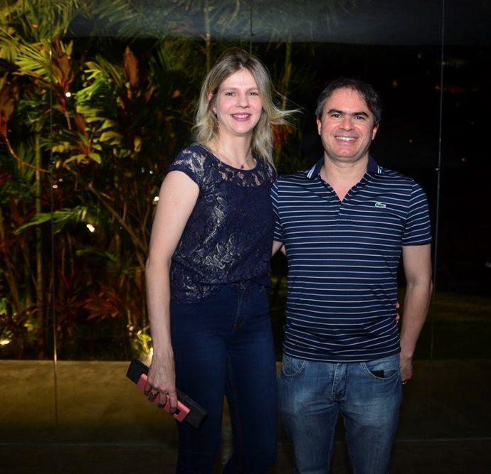 Cristiane E Marcel Da Nóbrega