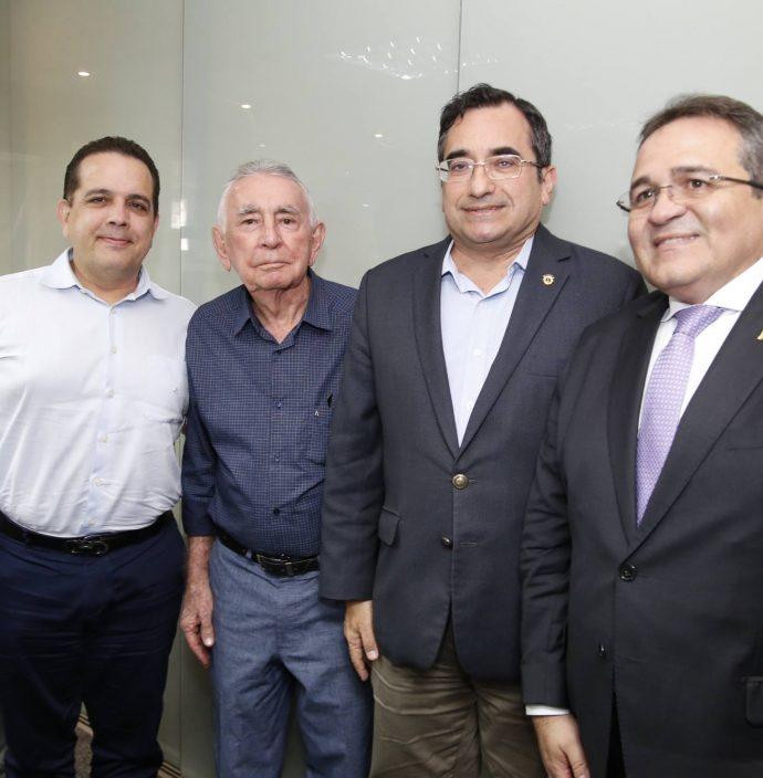 Delano, Germano E Walter Belchior, Jardson Cruz E Romildo Rolim