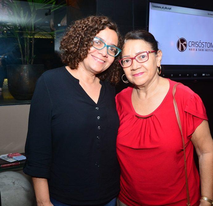 Denise E Helena Carneiro