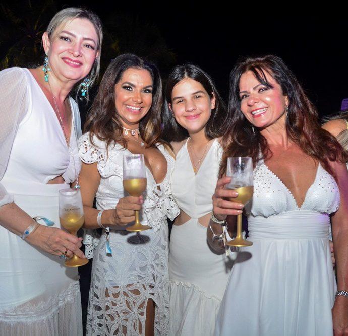 Ecilda Girão, Ana Cristina Pinto, Maria Julia Pinto, Claudia Bezerra