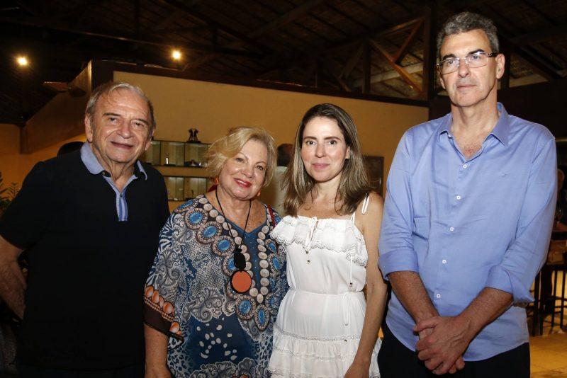 Melhores do Ano - O jogador Max Reis é agraciado com o mais importante trofeu do Golfe do Ceará