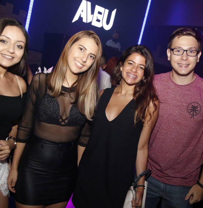 Evelin Bonates, Leticia Moreira, Gabriele Pinheiro E Matheus Coelho