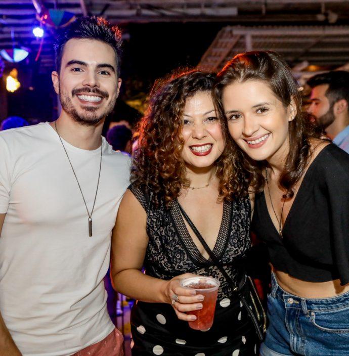 Felipe Onofre, Marta Louise E Adriana Fontenele