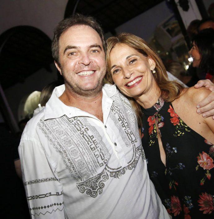 Franco Junior E Monica Navarro