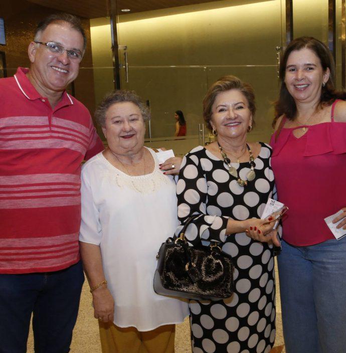 George Barreto, Noelia De Moraes, Antonieta Mendonça E Iza Danielle