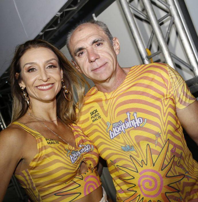Gislaine E Douglas Santos