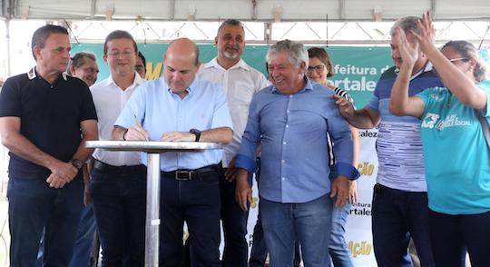 Roberto Cláudio autoriza obras de infraestrutura na Granja Lisboa