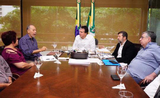 Camilo discute novos clusters de inovação com seu secretariado