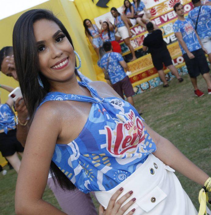 Isabela Vieira