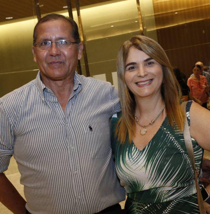 Joseires De Oliveira E Katia Paschoal