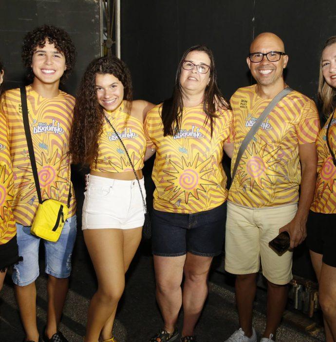 Kira Gomes, Igor Jansen, Lissa Santos, Marcia Gomes, Everrton Jansen E Louise Santos