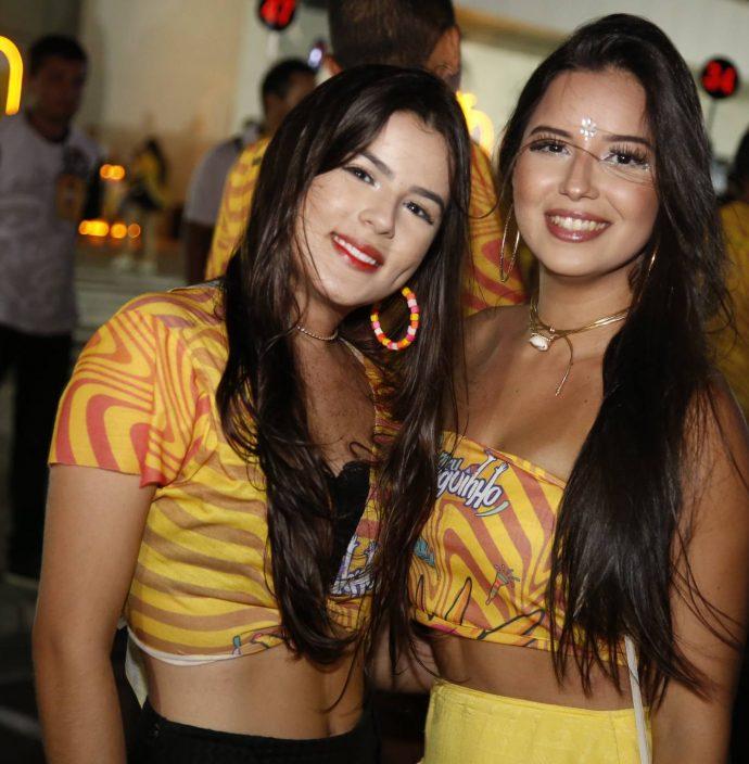 Larissa Almeida E Tainah Saboia