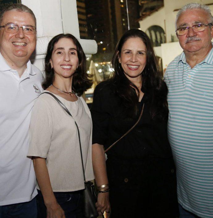 Luiz Fernando E Giovana Mota, Fabiola E Alcimor Rocha