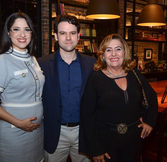 Mara Crisóstomo, Tiago Guimarães E Neucy Moraes