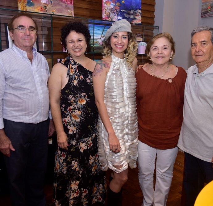 Maurilio De Holanda, Maira Capistrano, Maiara Capistrano, Célia Vilar, Eduardo Vilar